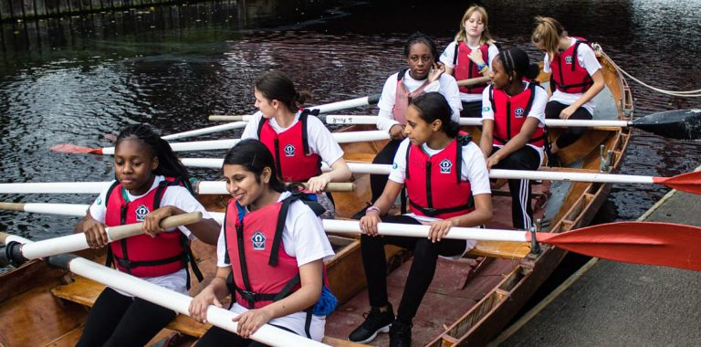 Girls at London Youth Rowing